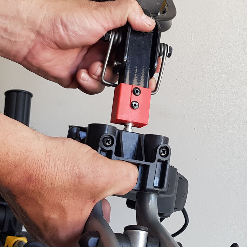 New stronger front wheel assembly and easy release system